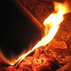 burning_firelog_with_flame_glowing_coals